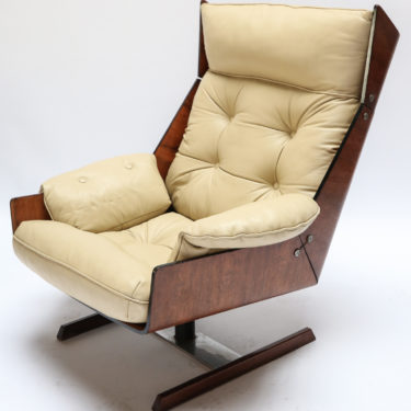 Amazing Lounge Side Club Chairs Archives Adesso Imports Short Links Chair Design For Home Short Linksinfo